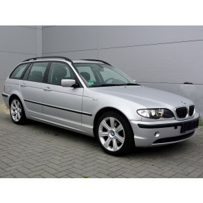 Youngtimer BMW 325i Touring E46 Executive - 85.000 km - € 11.995,-